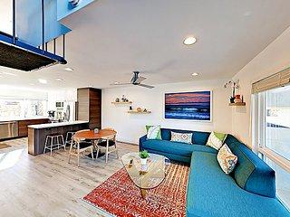 Contemporary Condo w/ Mountain Views, Balcony & Pools – 1 Block to Beach!