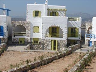 Archipelagos Villas - Villa Syros for 8 with pool