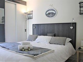 Viva Riviera Residence Palazzio 1 Bedroom  Bellevue