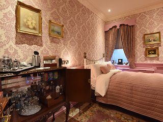 Aston Tavern Boutique Hotel- Double Room