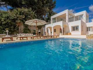 5 bedroom Villa with Pool, Air Con and WiFi - 5778989