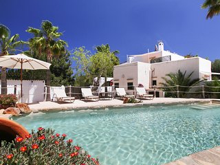 5 bedroom Villa with Pool, Air Con and WiFi - 5689288