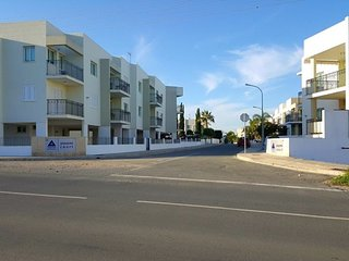 3-bedroom Apt in a 5* complex in Protaras/Kapparis