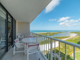 Spectacular 16th-Floor Views of the Bay and Gulf w/WiFi and Wonderful Resort Ame
