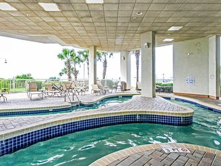 Oceanfront Suite for 6 with Private Balcony | 2 Pools + Lazy River