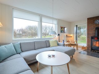 Amazing home in Rømø w/ WiFi and 3 Bedrooms (R10409)