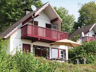Beautiful home in Kirchheim w/ 3 Bedrooms and WiFi