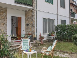 Amazing apartment in Tirrenia -PI- w/ 2 Bedrooms