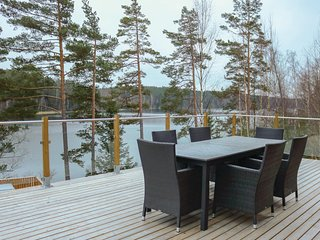 Stunning home in Dragsfjärd w/ Sauna, WiFi and 4 Bedrooms