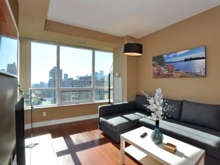 Spacious 2 Bedroom Condo with Parking | City & Lake View