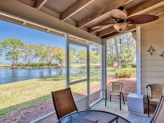 Lake and Bay Views at this 2 Bedroom Sandestin Town home with Golf Cart!