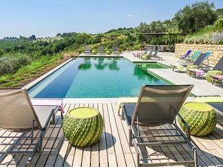 Luxury villa Menta