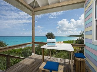 Cayo Loco Atlantic Romantic Beachfront Honeymoon WiFi/SUP