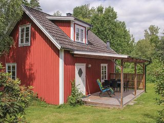 Nice home in Holmsjo w/ 2 Bedrooms
