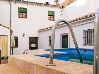 Beautiful home in El Bosque w/ WiFi, Outdoor swimming pool and 3 Bedrooms