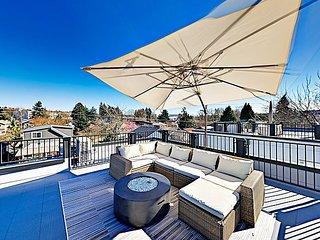 New Georgetown Getaway w/ Rooftop Patio, Skyline & Mt. Rainier Views