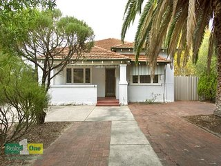 Bungalow 12, beautiful perfect original renovation