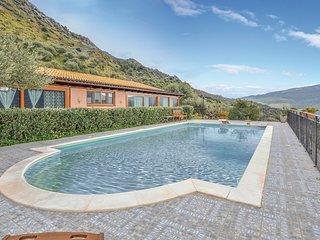 Amazing apartment in Scillato PA w/ Outdoor swimming pool, WiFi and Outdoor swim