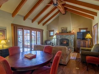 Fire Fly Cottage | Tamarack Resort | Sleeps 6