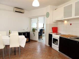 Comfortable 2-bedroom Apartment SAZ