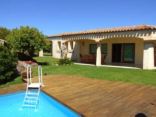 3 bedroom Villa with Pool and Air Con - 5778279