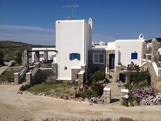 Mykonos Ornos House with Shared Pool