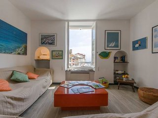 Hintown  La Finestra sulla Piazzetta a Portofino