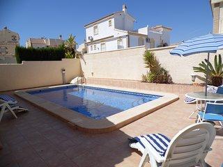 GA42 - Amazing Villa With Pool