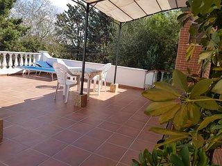 Spazioso Appartamento in Villa con Clima ed ampia Terrazza, Smart Location