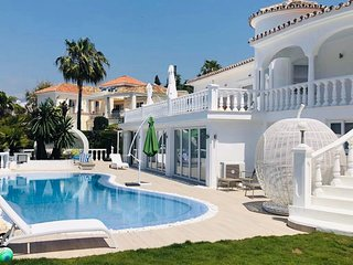 Beautiful Private Villa with Pool