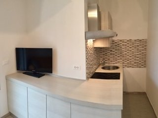 kitchenette with electric hob