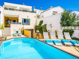 SUPER 5 Bedroom Pool Home With Full Air-Con Located in Lovely Spanish Village