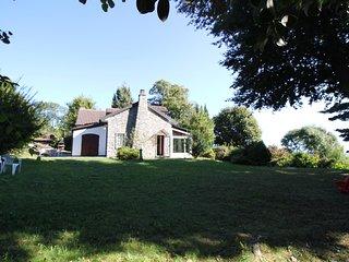 Villa singola con grande giardino, pace e tranquillita
