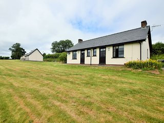 63408 House situated in Hay-on-Wye (6mls SW)