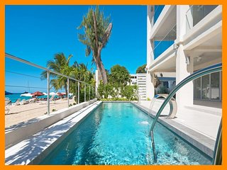 The Villa at The St. James - 5* beachfront condo with private pool