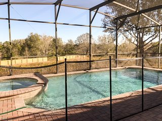 Extended Pool Deck With Spa 2 King Suites!