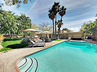 3BR/2BA Mid Century Paradise w/ Heated Saltwater Pool and Spa in Palm Springs