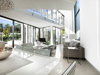 Ramatuelle Villa Sleeps 12 with Pool and Air Con - 5777758