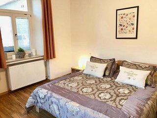 Golden GaPa Central Family Apartment 28