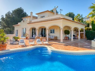 3 bedroom Villa with Pool, Air Con and WiFi - 5778005