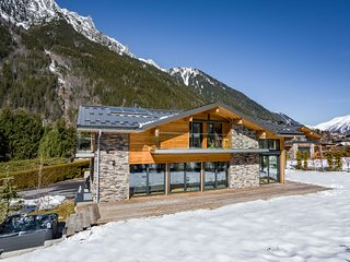 Chalet Montana- Book now for winter