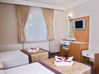Double or Twin Bed Room in Baron Hotel