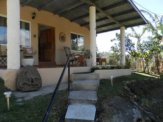 Boquete Panama Home 3/2 Walk to town and Restaurants Great Veiws, Gardens