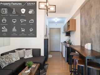Stylish home near airport and cities