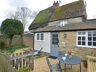 72607 Cottage situated in Banbury (6.5mls W)