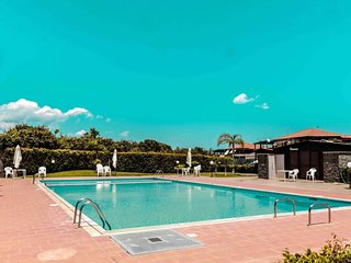 Fresia apartment in Mascali with WiFi, private parking, shared terrace & shared