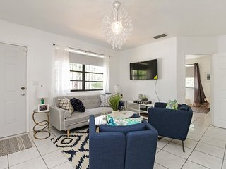 Wynwood Townhome - Left