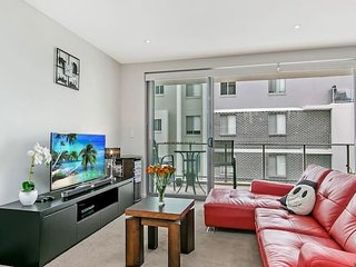 Modern Cozy 2Bed Campbelltown City Centre NCA012