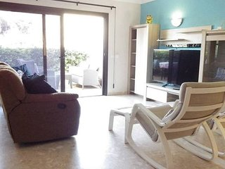 Lovely modern 2 bedroom apartment in Amarilla Golf