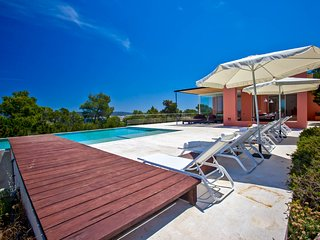 Port d'es Torrent Villa Sleeps 12 with Pool and Air Con - 5779625